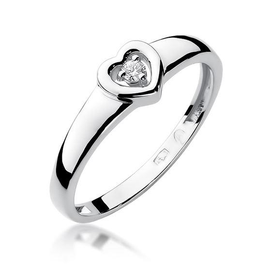 Pierścionek zaręczynowy na prezent w kształcie serca