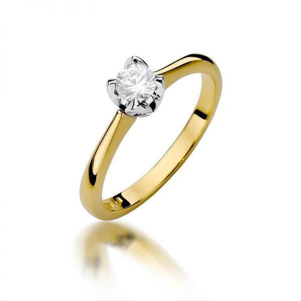 Pierścionek zaręczynowy z żółtego złota z diamentami