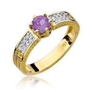 Pierścionek z żółtego złota z ametystem i diamentami