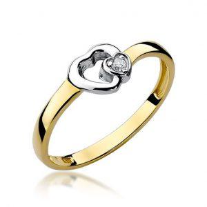 Pierścionek serce z żółtego złota z diamentami