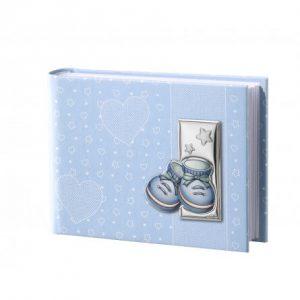niebieski album dla dziecka z bucikami