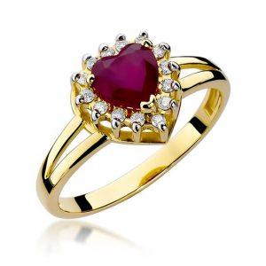 pierścionek z sercem